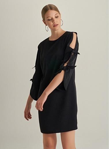 NGSTYLE Kol Bağcık Detaylı Elbise Siyah